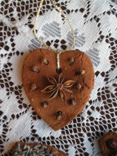 Anise star heart